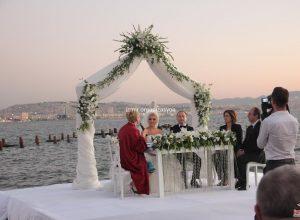 İzmir Romantik Düğün Organizasyonu Nikah Masası Kiralama