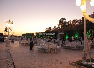 Romantik Düğün Organizasyonu Masa ve Sandalye Kiralama İzmir