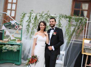 Vintage Konseptli Düğün Organizasyonu Gelinlik Seçimi