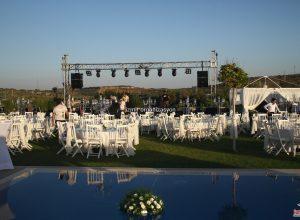 Havuz Başı Düğün Organizasyonu İzmir Profesyonel Ses Sahne ve Işık Sistemi Kiralama