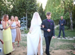 Kır Düğünü Organizasyonu Hazırlıkları ve Nikah Alanı Yürüyüş Yolu Temini İzmir