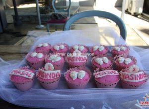 İzmir Kız Çocuk Doğum Günü Organizasyonu Masa Süsleme