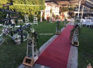 Dekoratif Ürünlerle Süsleme ve Çiçek Süslemeleri İzmir