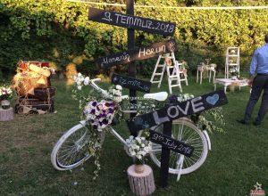 Fotoğraf Köşesi Süsleme Düğün Organizasyonu