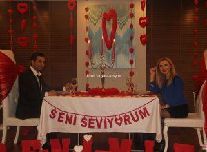 Lüks Restoranda Evlenme Teklifi Organizasyonu İzmir