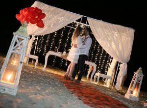 Kuşadası Plajda Evlilik Yıl Dönümü Organizasyonu