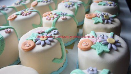 Minik Düğün Pastası Temini İzmir Organizasyon